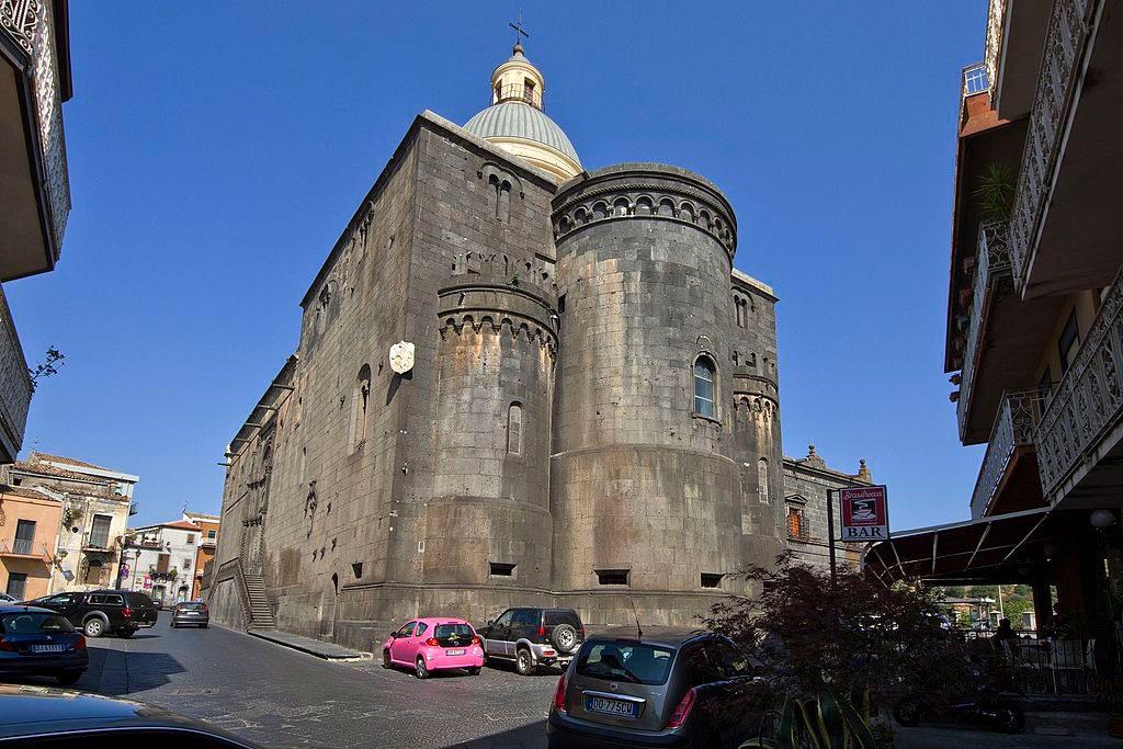 basilica santa maria randazzo sicilia