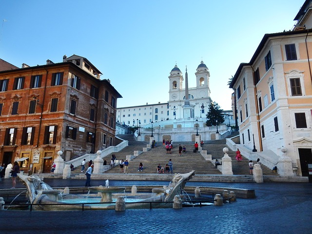 Piazza del Campidoglio con la Scalinata della Trinità dei Monti